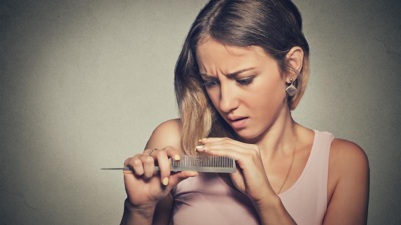 tratamientos-para-la-caida-del-pelo-en -la-mujer-dermosalud-colombia-bogota